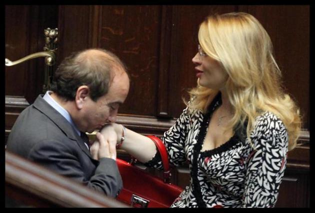 Baciamano parlamentare