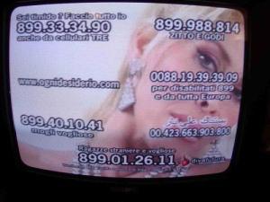 La candidata-pornodiva Milly D'Abbraccio: «io come la Madonna»